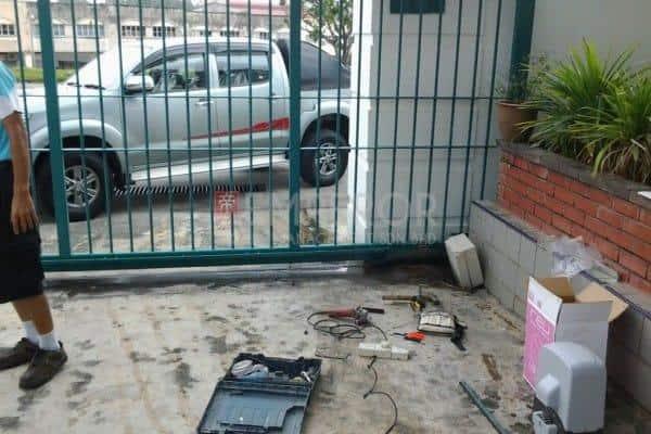 auto gate repair